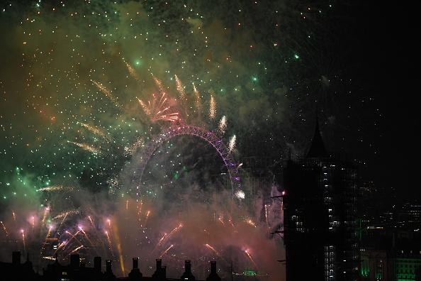 Westminster Abbey「New Year Celebrations In London」:写真・画像(11)[壁紙.com]