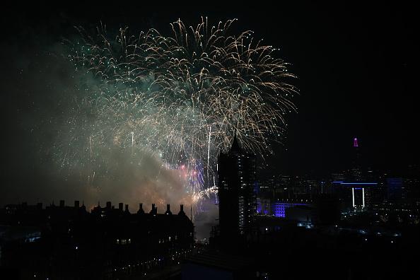 Westminster Abbey「New Year Celebrations In London」:写真・画像(14)[壁紙.com]