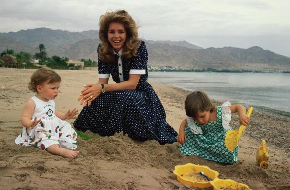 Water's Edge「Royals On The Beach」:写真・画像(17)[壁紙.com]