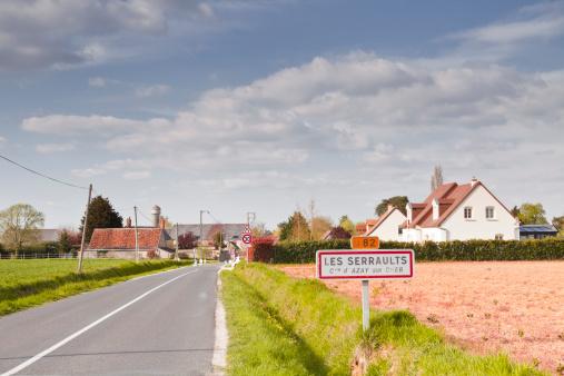 France「A sign indicates you are entering Les Serraults.」:スマホ壁紙(8)