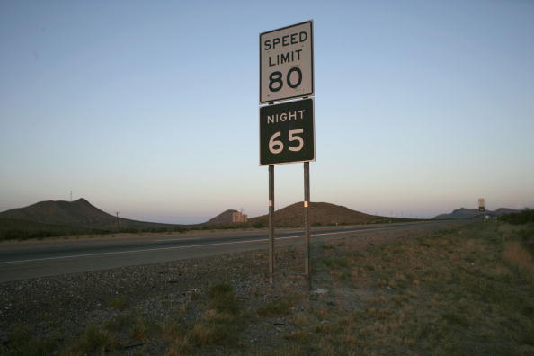 Rick Scibelli「Parts Of Texas Raise Speed Limit To 80, Nations Highest」:写真・画像(8)[壁紙.com]