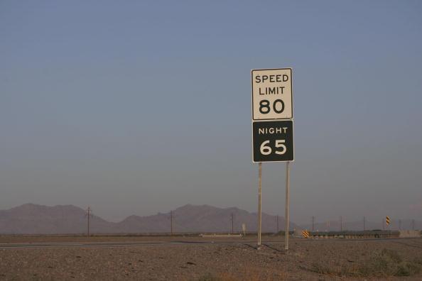Rick Scibelli「Parts Of Texas Raise Speed Limit To 80, Nations Highest」:写真・画像(10)[壁紙.com]