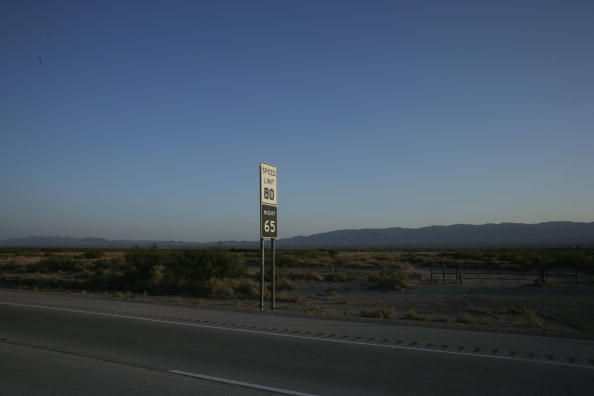 Rick Scibelli「Parts Of Texas Raise Speed Limit To 80, Nations Highest」:写真・画像(9)[壁紙.com]