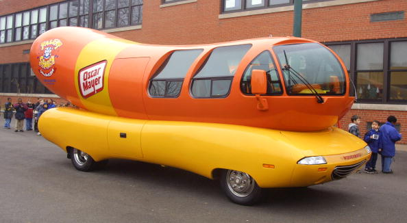 Hot Dog「Oscar Mayer Wieners Vist Chicago school」:写真・画像(12)[壁紙.com]