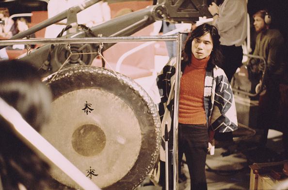Classical Musician「Stomu Yamashta」:写真・画像(14)[壁紙.com]