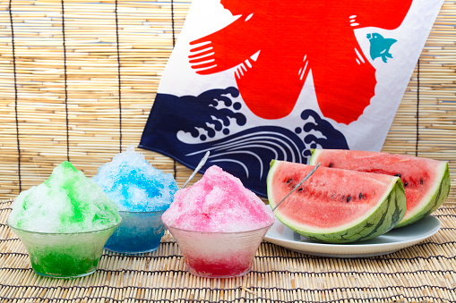 スイカ「Bowls of shaved ice with syrup, and a watermelon」:スマホ壁紙(9)