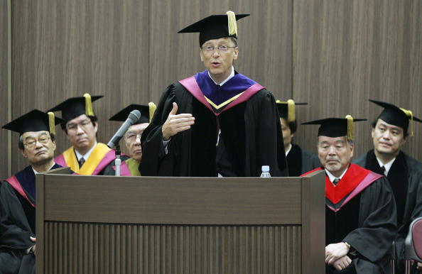 Chairperson「Bill Gates Receives Honorary Science Doctorate From Waseda University」:写真・画像(4)[壁紙.com]