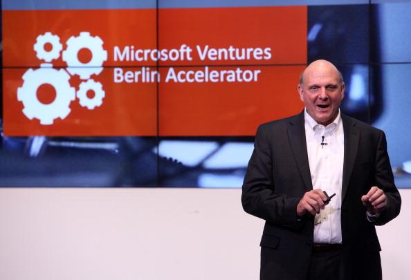 New Business「Microsoft Opens New Center In Berlin」:写真・画像(12)[壁紙.com]