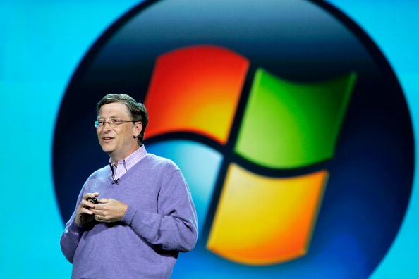Microsoft「Bill Gates Speaks At The Press Preview For CES」:写真・画像(15)[壁紙.com]