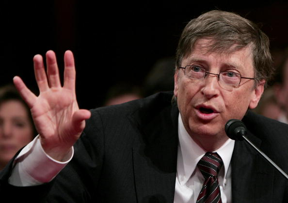Win McNamee「Bill Gates Testifies At Senate Hearing On American Competitiveness」:写真・画像(18)[壁紙.com]