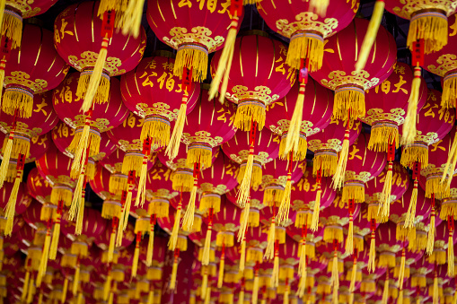 Chinese Lantern「Lanterns at the Kek Lok Si Temple, Chinese New Years in Malaysia is celebrated with paper lanterns hung on ceilings and walls throughout Chinese neighborhoods and businesses in Malaysia」:スマホ壁紙(0)
