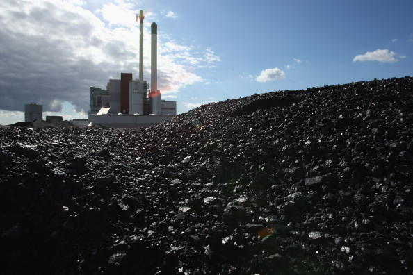 Recycling「Waste Fuels Energy Production In Incinerator Plant」:写真・画像(5)[壁紙.com]