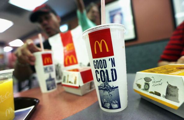Fast Food「New York City Board Of Health Approves Bloomberg's Over Sized Sugary Drink Ban」:写真・画像(16)[壁紙.com]