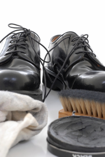ペア「靴磨き」:スマホ壁紙(14)