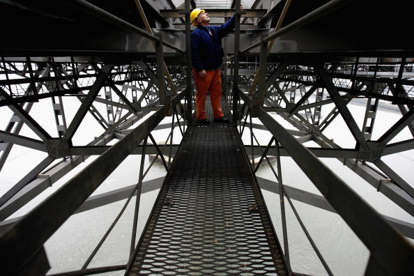 Looking Over「Development Plans Are Given The Go-Ahead For The Forth Bridge」:写真・画像(16)[壁紙.com]