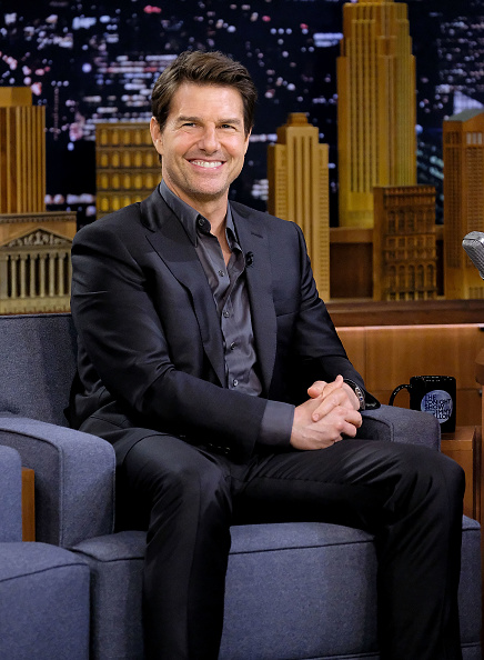 笑顔「Tom Cruise And Parker Posey Visit 'The Tonight Show Starring Jimmy Fallon'」:写真・画像(6)[壁紙.com]