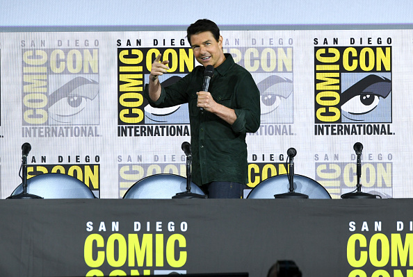 "Comic con「2019 Comic-Con International - Tom Cruise Makes Surprise Appearance For ""Top Gun: Maverick""」:写真・画像(5)[壁紙.com]"
