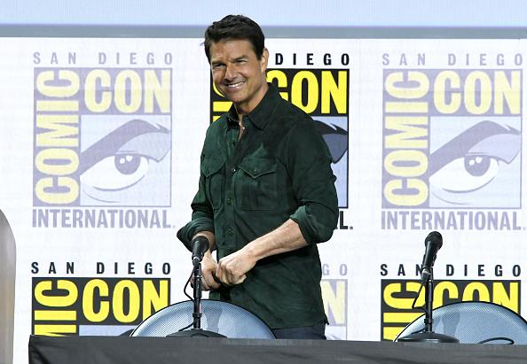 "Comic con「2019 Comic-Con International - Tom Cruise Makes Surprise Appearance For ""Top Gun: Maverick""」:写真・画像(8)[壁紙.com]"
