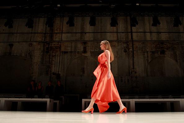 Carriageworks「Wang Yutao - Backstage - Mercedes-Benz Fashion Week Australia 2015」:写真・画像(4)[壁紙.com]