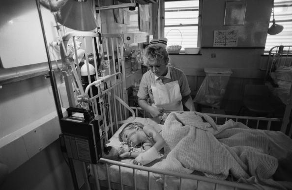 Elementary Age「Nurse And Patient」:写真・画像(4)[壁紙.com]