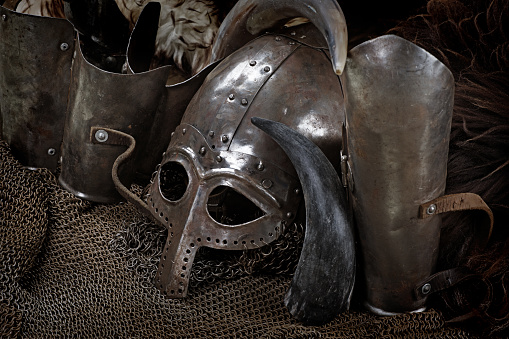 Fairy Tale「Viking sword, helmet and equipment」:スマホ壁紙(5)