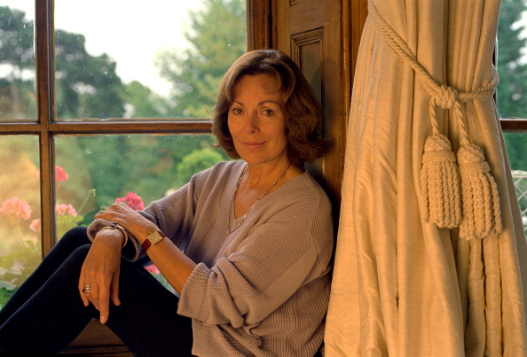 Bryn Colton「Author Rose Tremain At Her Norwich Home」:写真・画像(9)[壁紙.com]