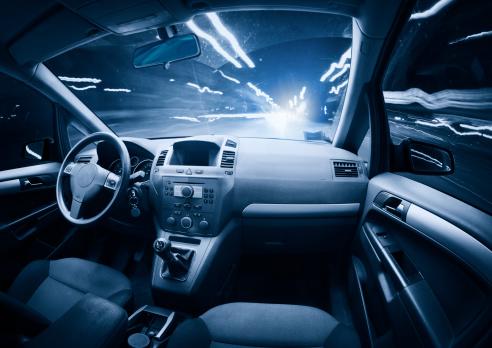 Night「Fast ghost car into the light traffic.」:スマホ壁紙(17)