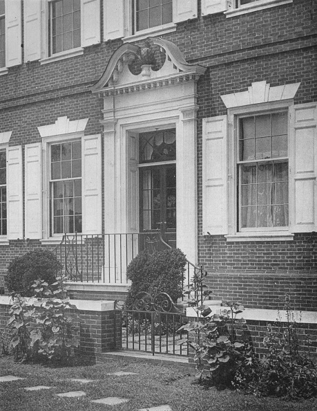 Townhouse「Garden Entrance To The House Of Miss Anne Morgan, New York City, 1924」:写真・画像(14)[壁紙.com]