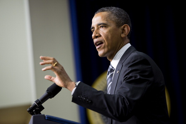 Joshua Roberts「Obama Addresses White House Forum On Women And The Economy」:写真・画像(13)[壁紙.com]