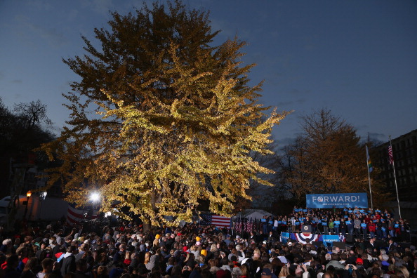 Oregon - US State「President Obama Continues His Push Through Key Swing States In Final Days Before Election」:写真・画像(7)[壁紙.com]