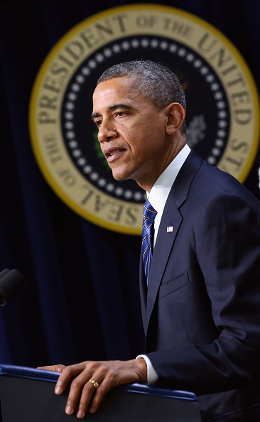 Middle Class「Obama Discusses Middle Class Tax Cuts At White House」:写真・画像(14)[壁紙.com]