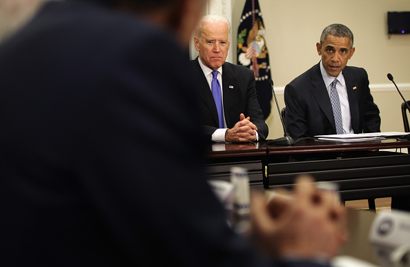 Eisenhower Executive Office Building「Obama And Biden Attend Democratic Governors Association Meeting」:写真・画像(14)[壁紙.com]