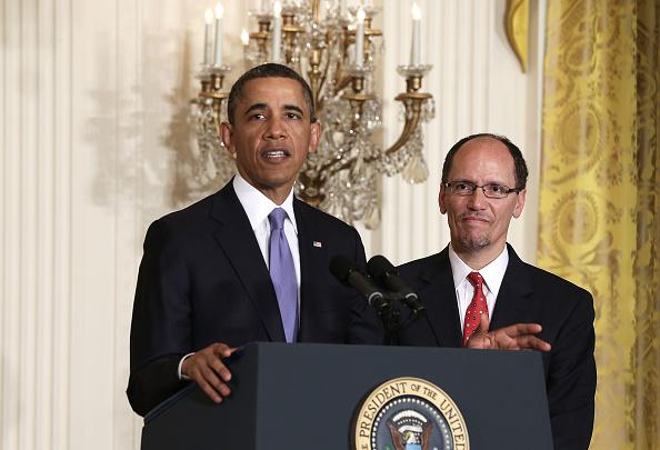 Alex Wong「Obama Nominates Thomas Perez As Labor Secretary」:写真・画像(2)[壁紙.com]
