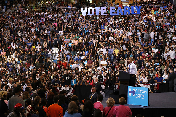 Florida International University「President Obama Attends Early Voting Rally In Miami」:写真・画像(8)[壁紙.com]