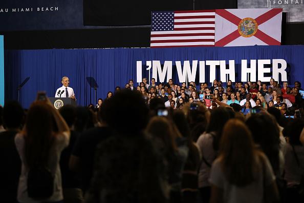 Florida International University「President Obama Attends Early Voting Rally In Miami」:写真・画像(9)[壁紙.com]