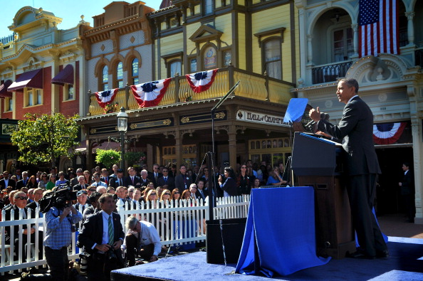 Magic Kingdom「Obama Discusses Economic Strategies At Walt Disney World Event」:写真・画像(8)[壁紙.com]