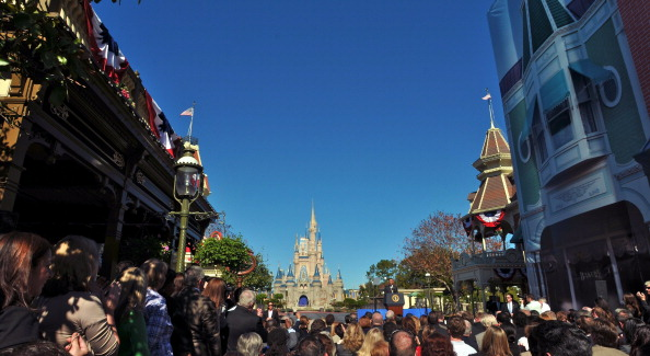Magic Kingdom「Obama Discusses Economic Strategies At Walt Disney World Event」:写真・画像(5)[壁紙.com]