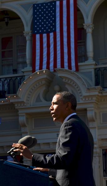 Magic Kingdom「Obama Discusses Economic Strategies At Walt Disney World Event」:写真・画像(3)[壁紙.com]