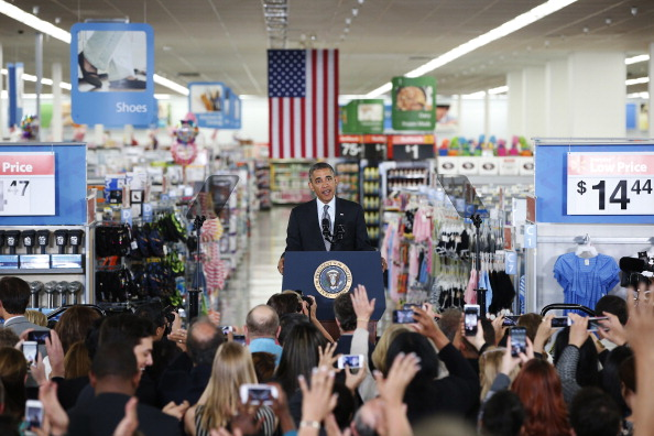 Stephen Lam「President Obama Speaks On Energy Efficiency At Mountain View Walmart」:写真・画像(7)[壁紙.com]