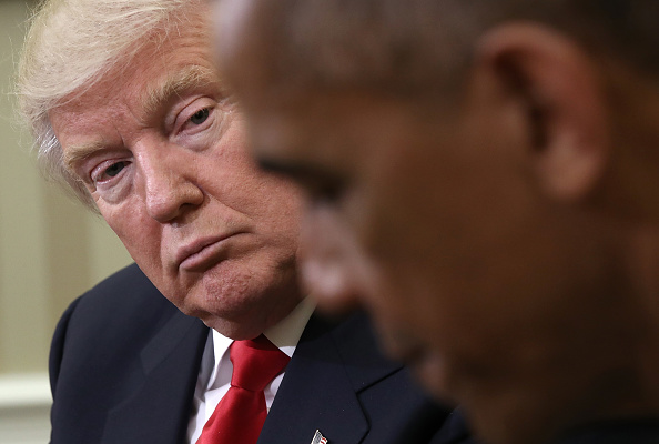 Meeting「President Obama Meets With President-Elect Donald Trump In The Oval Office Of White House」:写真・画像(8)[壁紙.com]