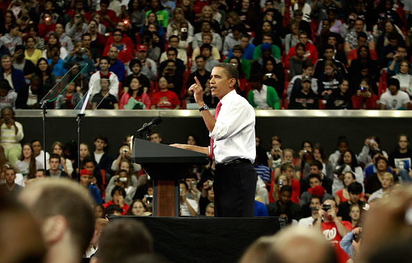 Insurance「Obama Holds Rally On Health Insurance Reform In Maryland」:写真・画像(17)[壁紙.com]