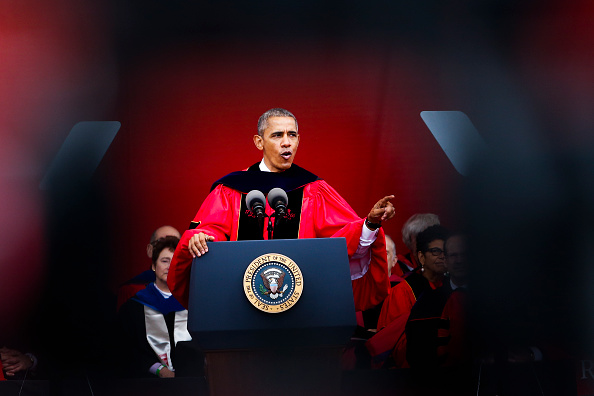 Beginnings「Obama Delivers Commencement Address At Rutgers University」:写真・画像(18)[壁紙.com]