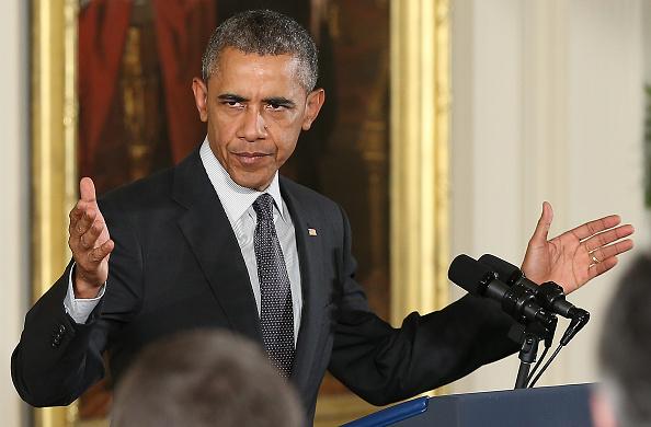 Win McNamee「Obama Signs Trade And Public Employee Retirement Bills」:写真・画像(8)[壁紙.com]