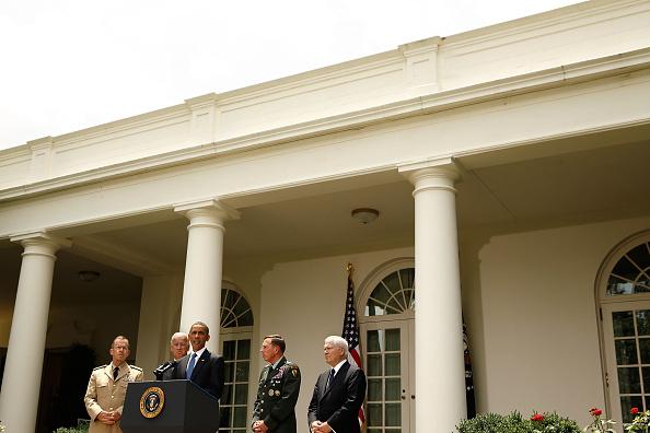 Michael V「President Obama Makes Statement On Gen. McChrystal In The Rose Garden」:写真・画像(12)[壁紙.com]