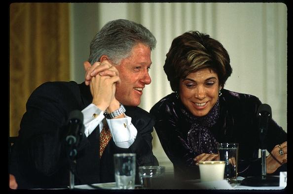 Smiling「Bill Clinton At Social Security Event」:写真・画像(18)[壁紙.com]