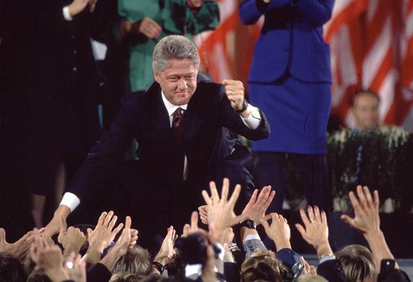 Success「Bill Clinton Celebrates Presidential Victory」:写真・画像(10)[壁紙.com]