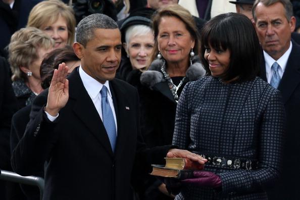 Bible「Barack Obama Sworn In As U.S. President For A Second Term」:写真・画像(19)[壁紙.com]