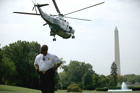 Florida - US State「Obama Departs White House For 2-Day Florida Campaign Swing」:写真・画像(9)[壁紙.com]
