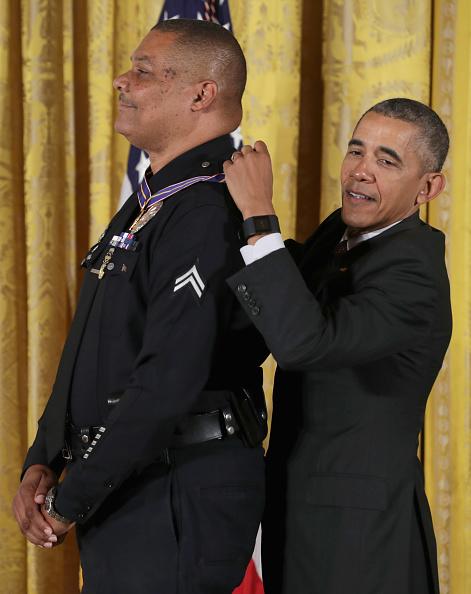 世界的な名所「President Obama Awards Presidential Medals Of Valor At The White House」:写真・画像(16)[壁紙.com]