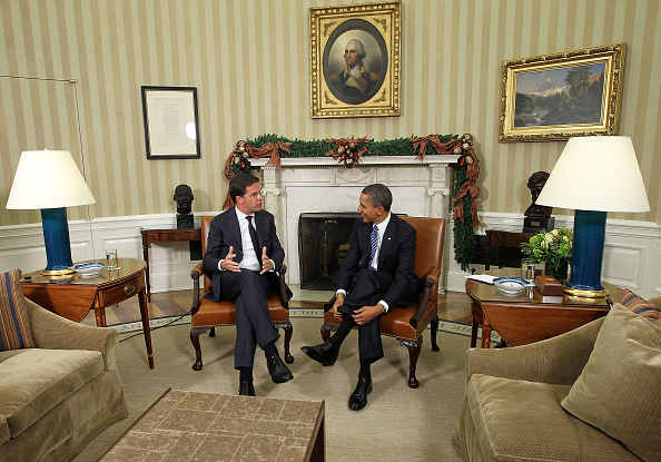 Dutch Prime Minister「President Obama Meets With Dutch Prime Minister Mark Rutte In Oval Office」:写真・画像(1)[壁紙.com]